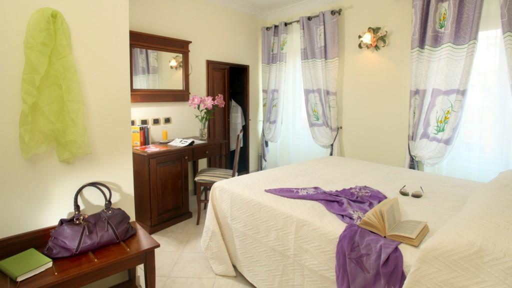 Hotel-Grifo-De-Monti-Rooms-Roma-habitación-de-monti-5