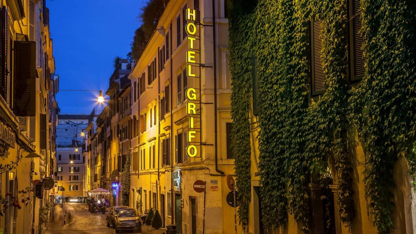 Hotel-Grifo-De-Monti-Rooms-Roma-hotel-1