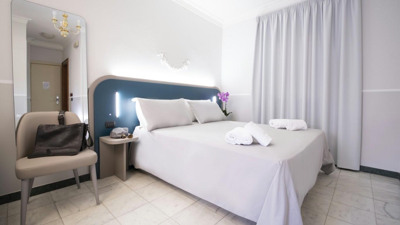 Hotel-Grifo-De-Monti-Rooms-Roma-habitación-cuádruple-4