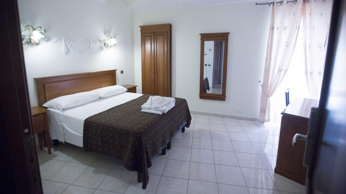 Hotel-Grifo-De-Monti-Rooms-Roma-habitación-annex-3