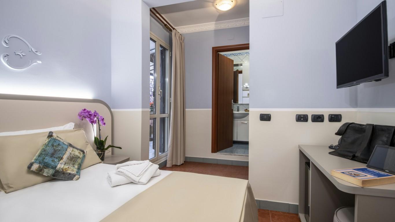 Hotel-Grifo-De-Monti-Rooms-Roma-superior-terraço