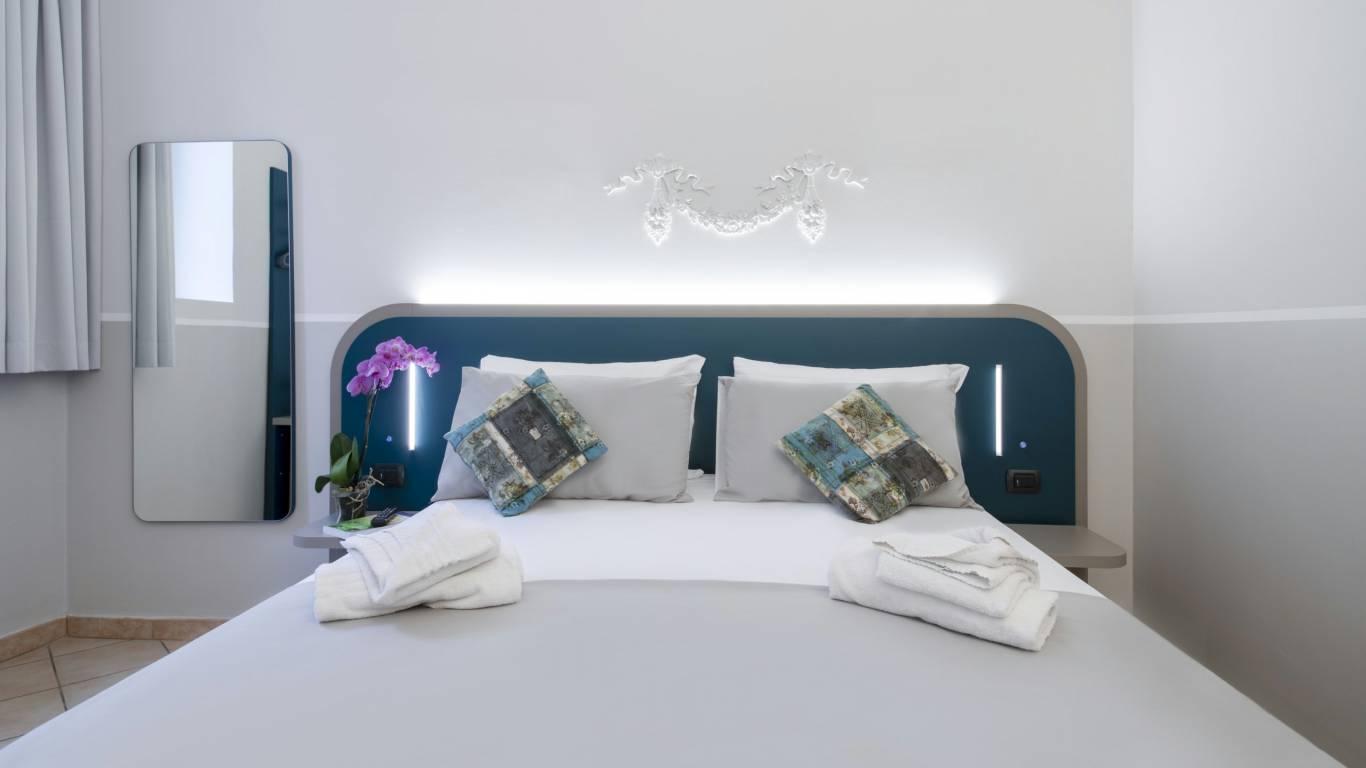 hotel-grifo-de-monti-rooms-roma-tripla-31