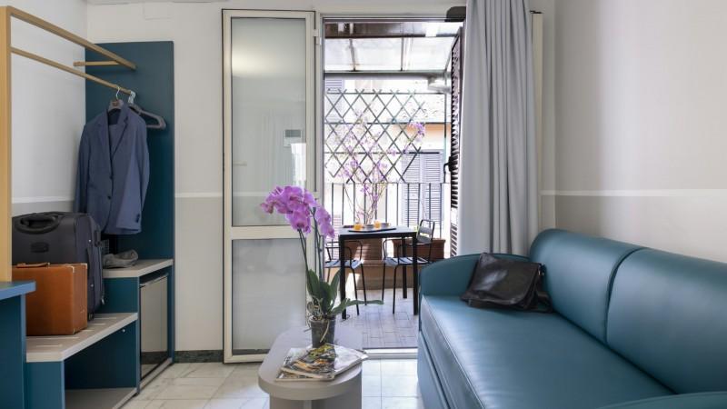 hotel-grifo-de-monti-rooms-roma-deluxe-5