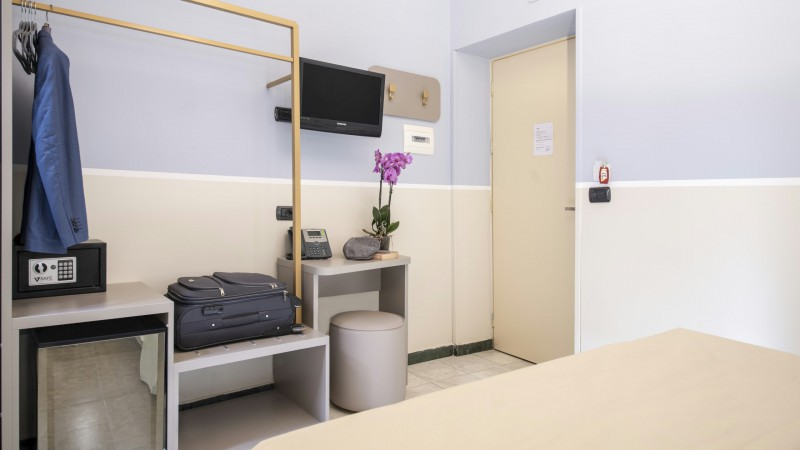 Hotel-Grifo-De-Monti-Rooms-Roma-habitación-de-matrimonio-classic-5