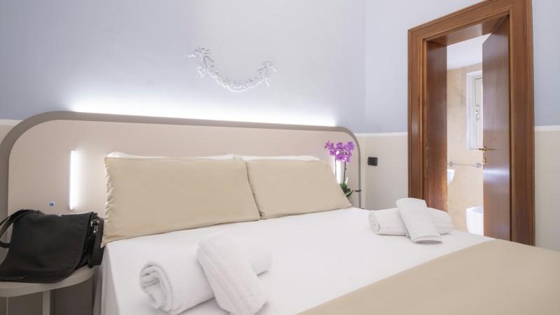 Hotel-Grifo-De-Monti-Rooms-Roma-habitación-de-matrimonio-classic-7