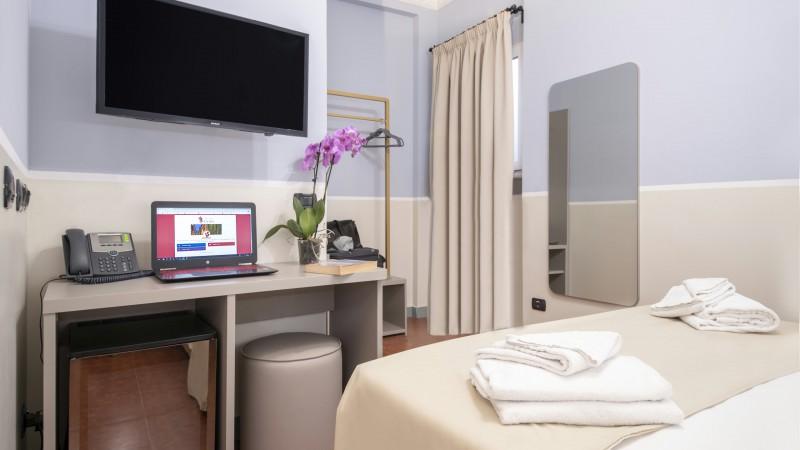 hotel-grifo-de-monti-rooms-roma-superior-terrazza-20